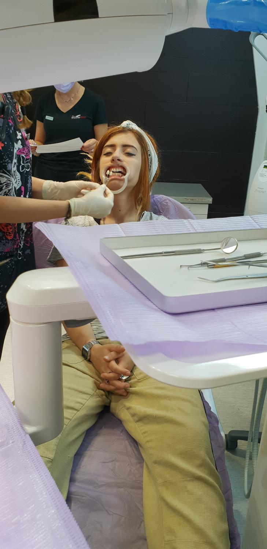 8 Albirea dintilor