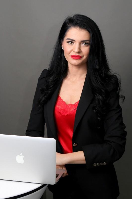 Daniela Bezea