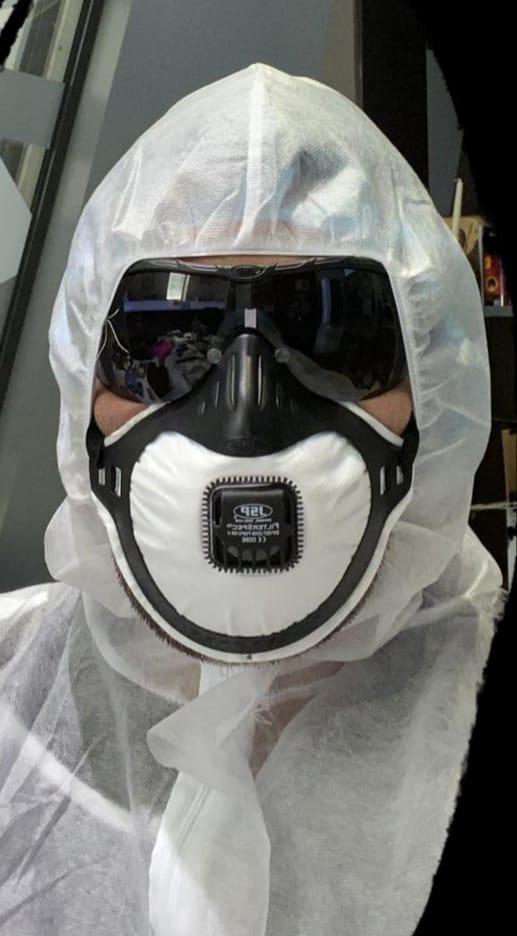 MASCA FFP3 CU OCHELARI Siguranta la stomatolog in timpul pandemiei de Covid-19. Nebulizarea - gold standard in sterilizarea cabinetului stomatologic