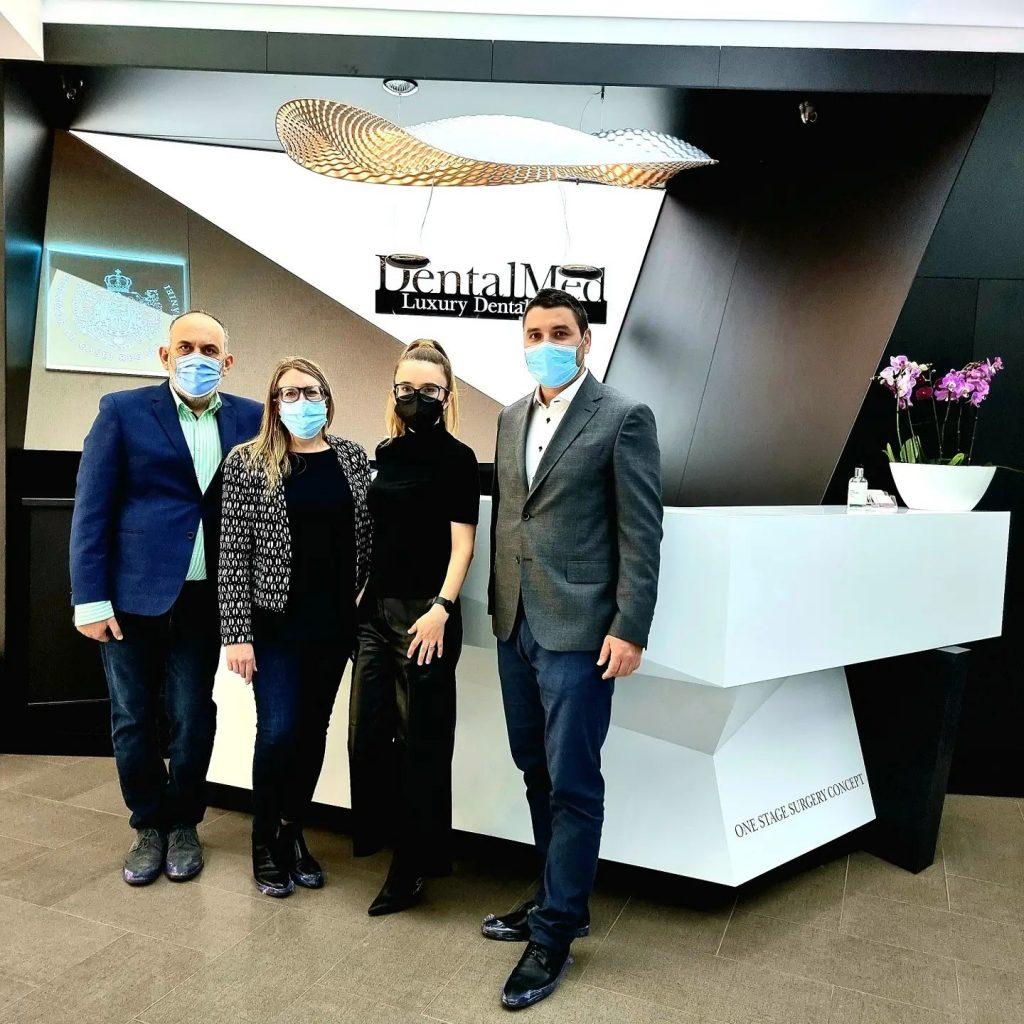 Straumann 1 DentalMed a devenit Partener Expert STRAUMANN Switzerland