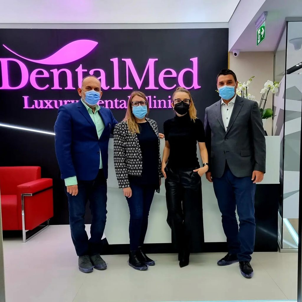 straumann1 DentalMed a devenit Partener Expert STRAUMANN Switzerland