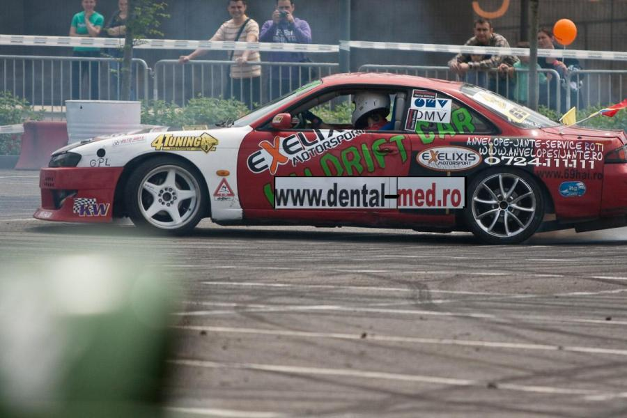 Drifturi,%20moto%20Baneasa%20Shopping%20City 49%20modificat Performanta in drift - pilot Sorin Ene